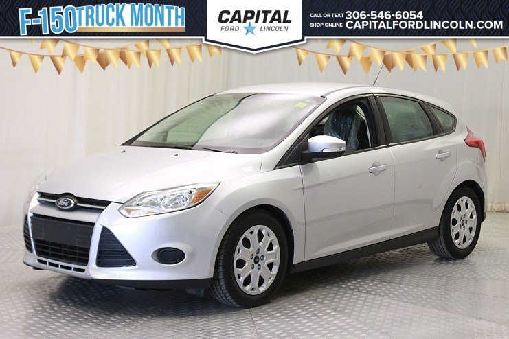 Pre-Owned 2014 Ford Focus SE HB