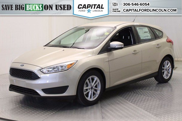 Pre-Owned 2017 Ford Focus SE HB