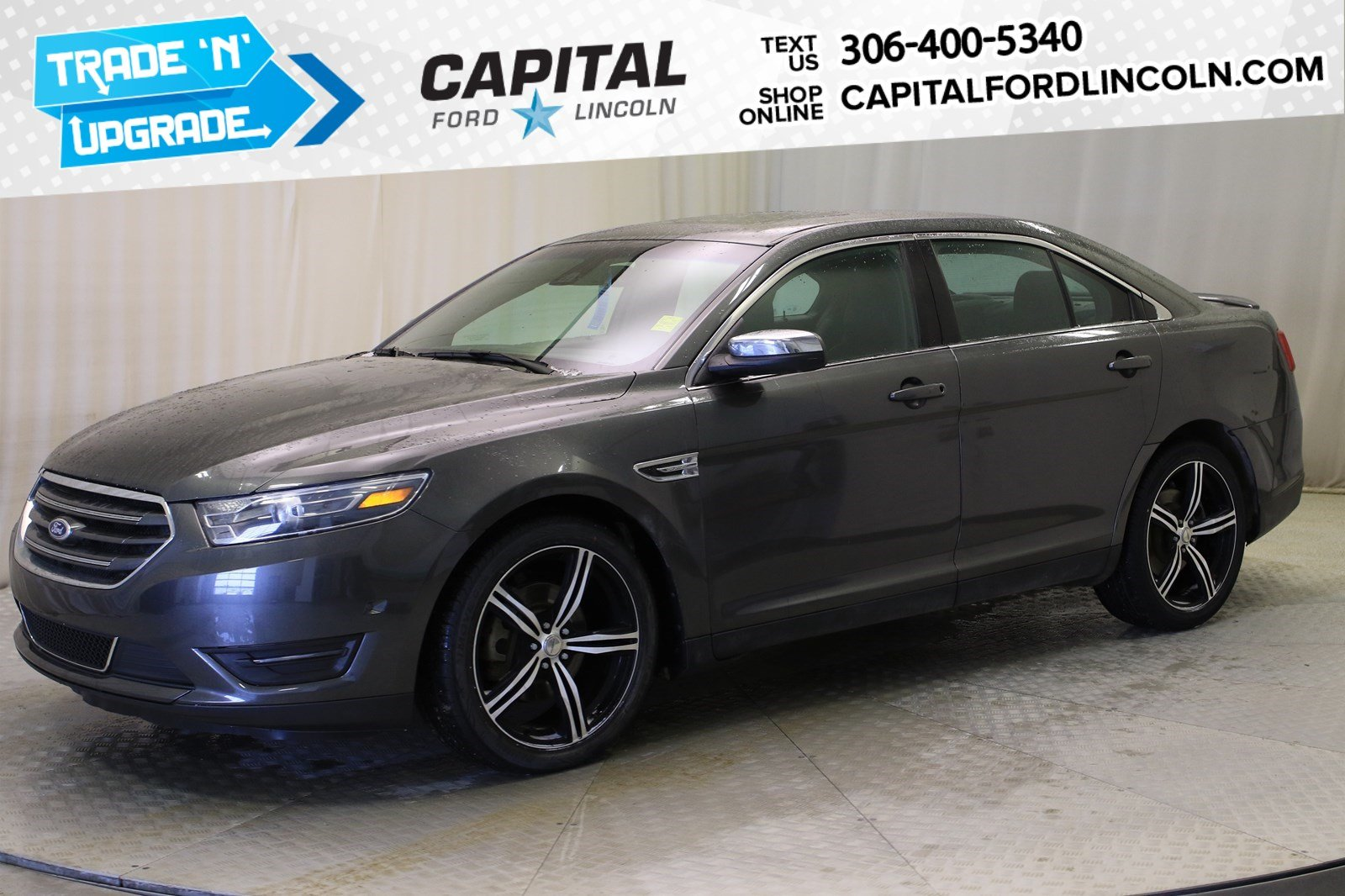 Pre-Owned 2016 Ford Taurus Limited AWD
