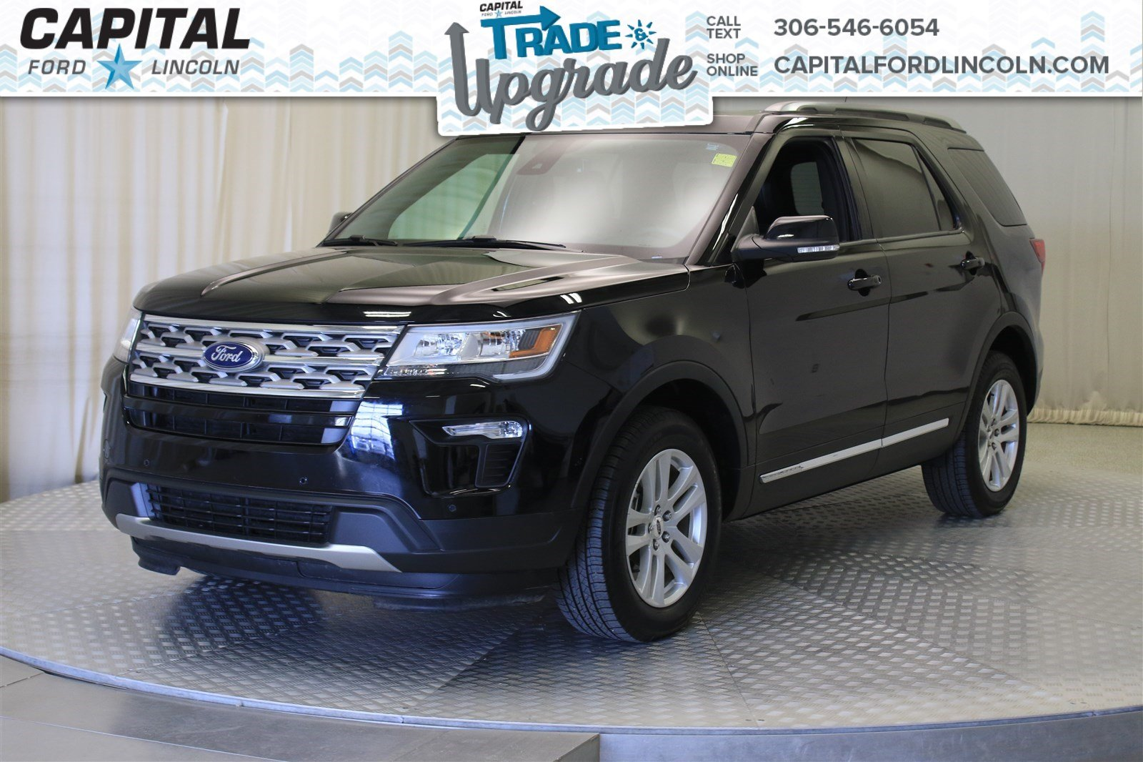 Pre-Owned 2018 Ford Explorer XLT 4WD * Leather * Sunroof *
