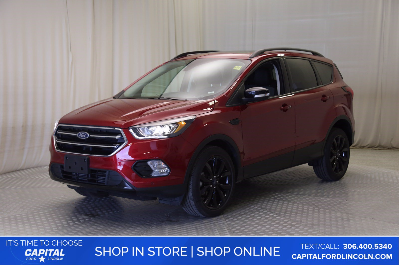 Pre-Owned 2019 Ford Escape Titanium EcoBoost™ 4WD