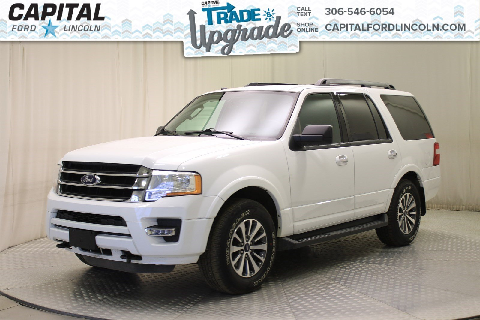 Pre Owned 2017 Ford Expedition Xlt 4wd Leather Sunroof Suv In