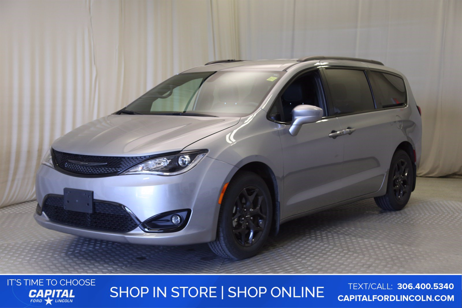 Pre-Owned 2019 Chrysler Pacifica **New Arrival**