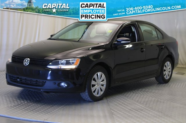 Pre-Owned 2014 Volkswagen Jetta Sedan Trendline | Diesel | Heated Seats |