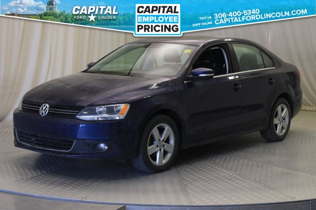 Pre-Owned 2013 Volkswagen Jetta Sedan Comfortline | Diesel | Sunroof | Manual |