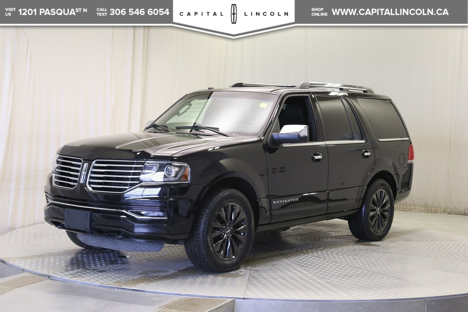 Pre Owned 2017 Lincoln Navigator Select 4wd