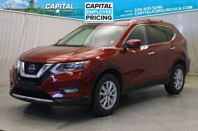 Pre-Owned 2018 Nissan Rogue SV | Sunroof |