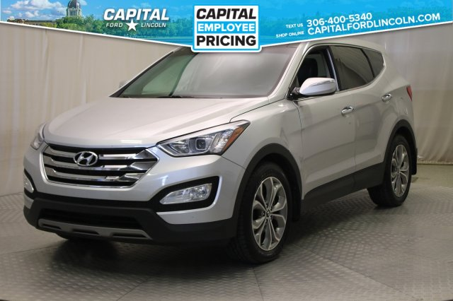 Pre-Owned 2013 Hyundai Santa Fe Limited | Leather | Sunroof | Navigation |