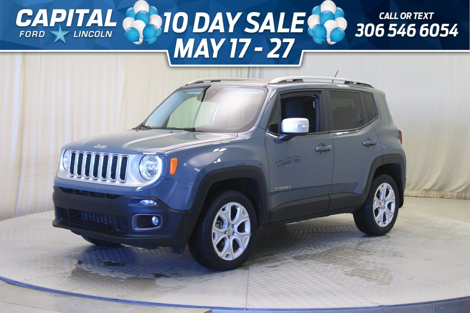 Pre-Owned 2017 Jeep Renegade Limited 4WD