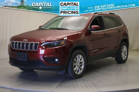 Pre-Owned 2019 Jeep Cherokee **New Arrival**