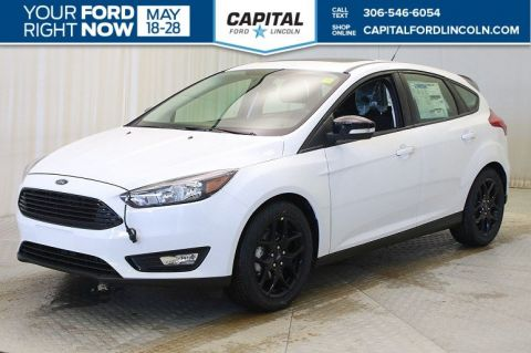 New 2018 Ford Focus SEL FWD Hatchback </br> Stock: T504