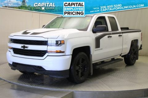 Pre-Owned 2017 Chevrolet Silverado 1500 Extended Cab Custom **New Arrival**